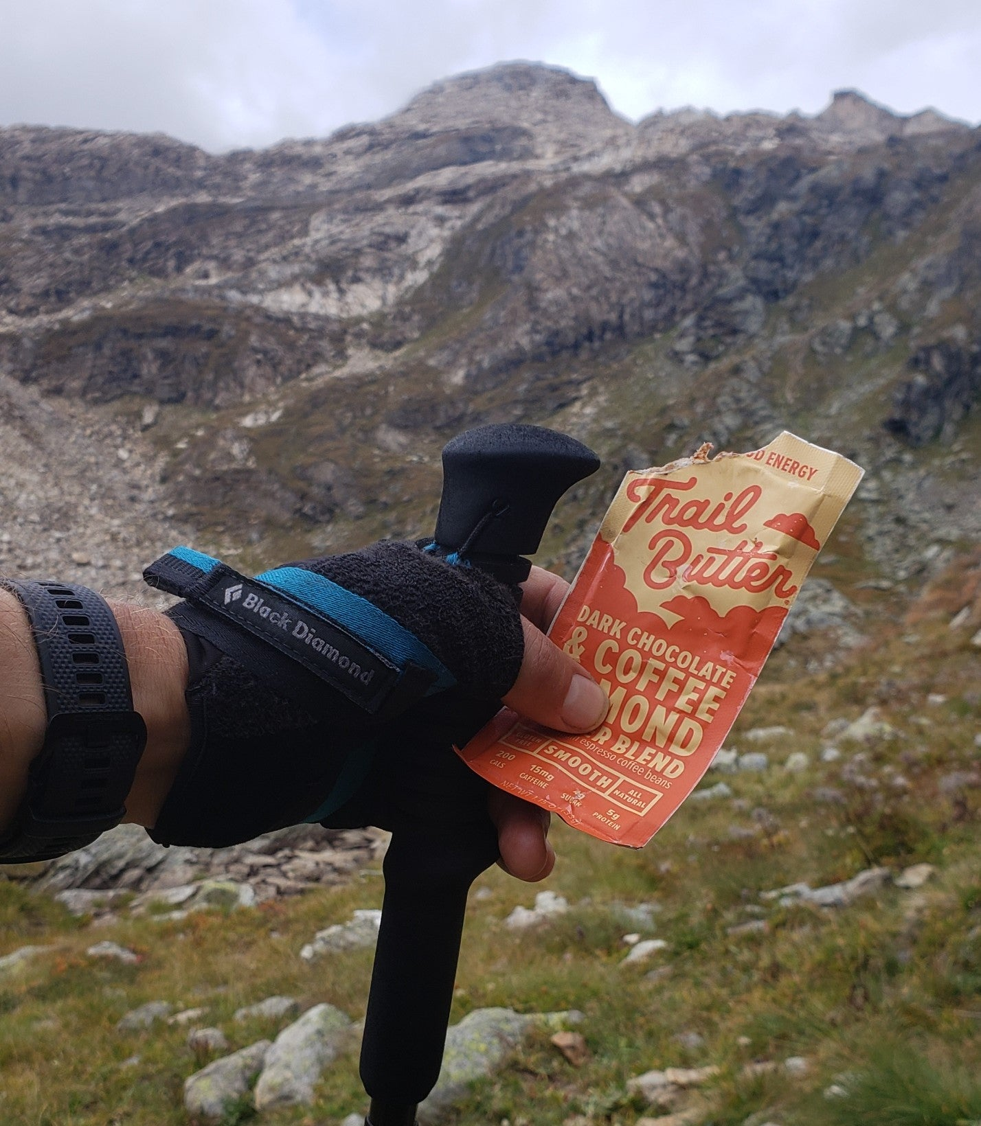 Trail Butter Dark Chocolate & Coffee out on the Tour des Geants course