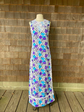 Load image into Gallery viewer, Lilly Maxi Purple and Blue Carnations