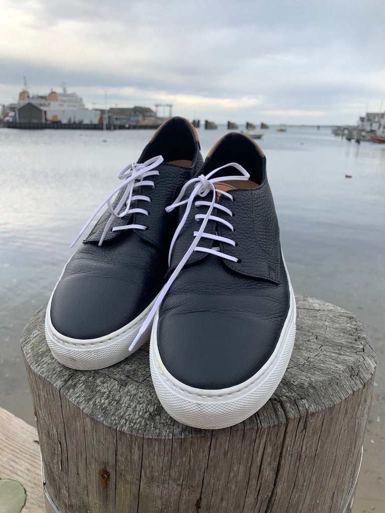Doucal's Black and White Sneakers