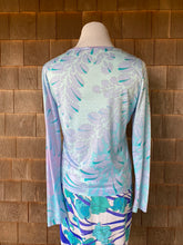 Load image into Gallery viewer, Bessi Blue Floral Cotton Top