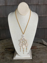 Load image into Gallery viewer, Vendome White Necklace