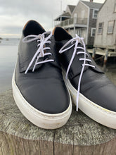 Load image into Gallery viewer, Doucal's Black and White Sneakers