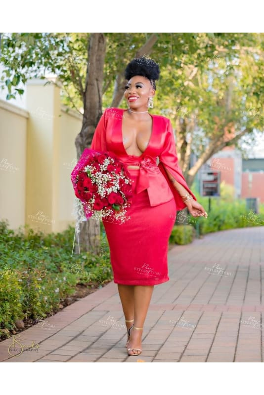 Red valetine skirt suit