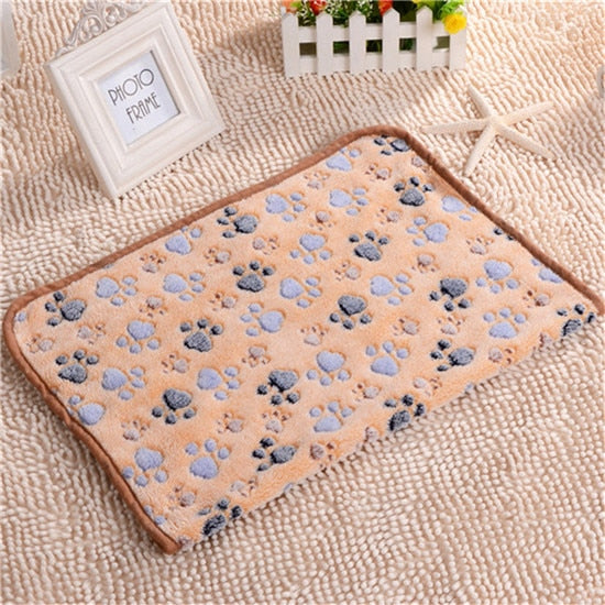 Cat Bed Rest Dog Blanket Winter Foldable Pet Towel Cushion Soft Coral Cashmere Soft Warm Sleeping Mat Sweet Dream Bed