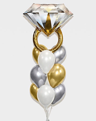 Wedding Ring Balloon Bouquet - Chrome Gold, Silver, White
