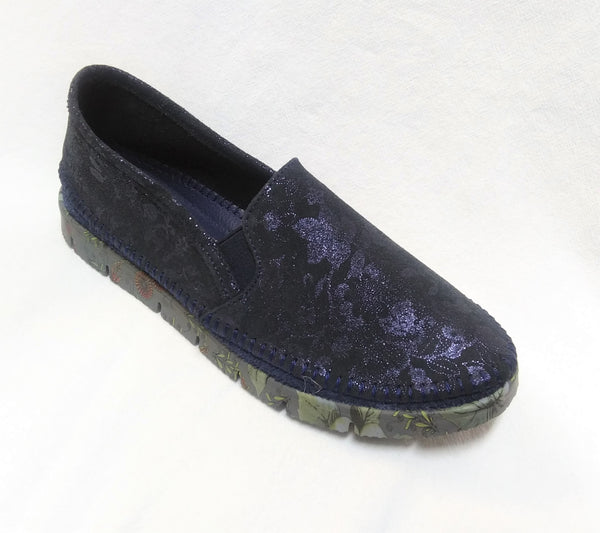 Maciejka Pull On Leather Moccasin - Navy Floral