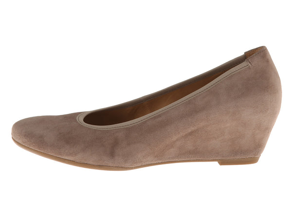 Gabor Fantasy Wedge Pump - Taupe - LilloBellaBoutique.com