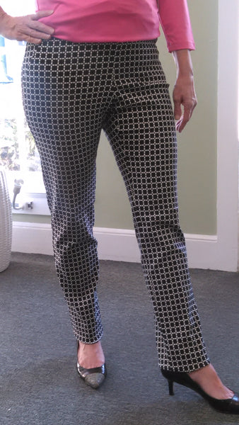 Vanae Washable Slim Fit Print Pant - Black & White