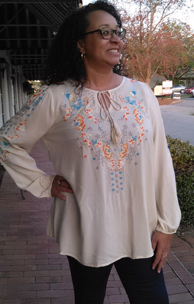 Curvy Femme Detail Blouse - Ivory