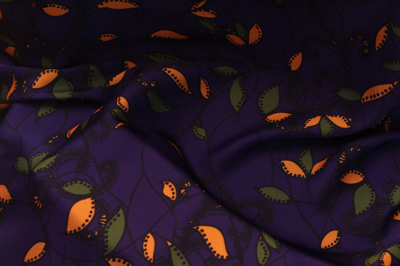 PURPLE VINE LILY PRINT IN SATIN