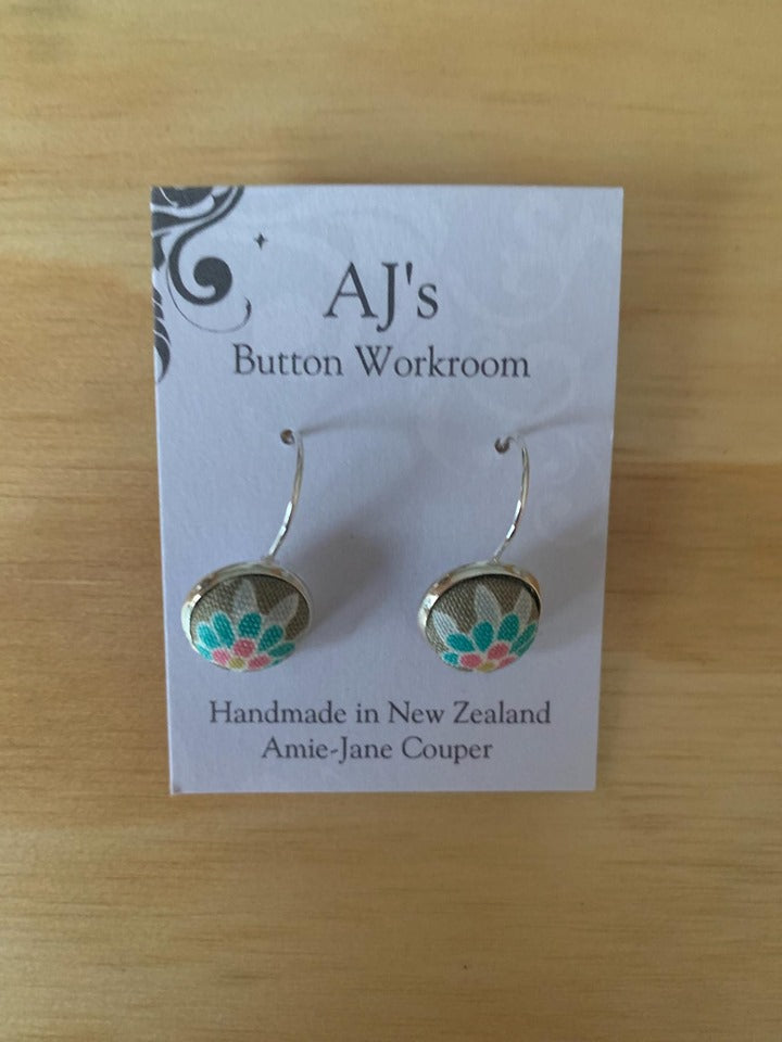 French Hook Earrings Grey/Green Flower