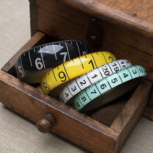 Load image into Gallery viewer, Bangle Tape Measure Black