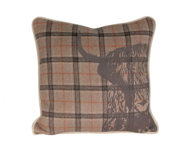 Highland 1/2 Bull Wool Cushion