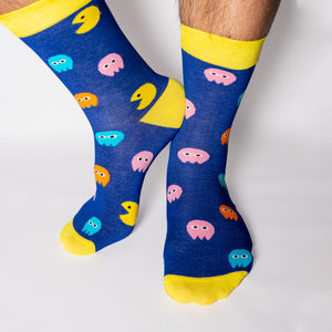 Who doesn't love the nostalgia of the 1980s retro, arcade games. What was your PacMan high score? Fun, comfortable socks that are a bold reminder of our misspent youth. An Incredible Socks collaboration with Andy Awesome, a Munich based 90's child who makes art out of the heroes of his childhood (and ours!).  Soft. Strong. Comfortable. Sustainable.  Available in US Men's 4-8 and 8-12. Incredible Socks. Pac Man