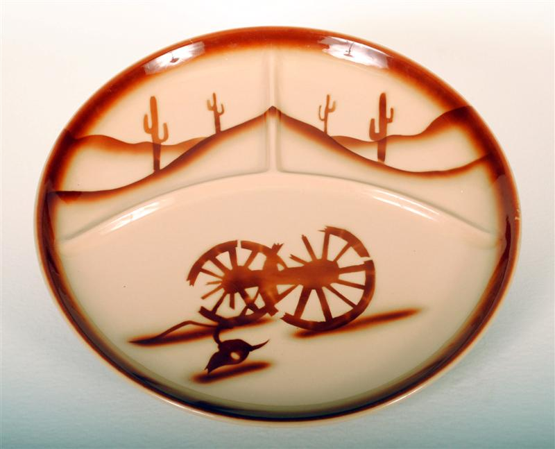 Tepco China Restaurant Ware Divided Grill Plate in Broken Wagon Wheel Pattern HD212