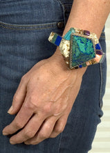 Load image into Gallery viewer, Native American Indian Turquoise Bracelet