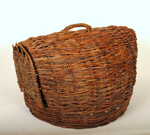 Primitive Wicker Baskets Chick Carrier R114