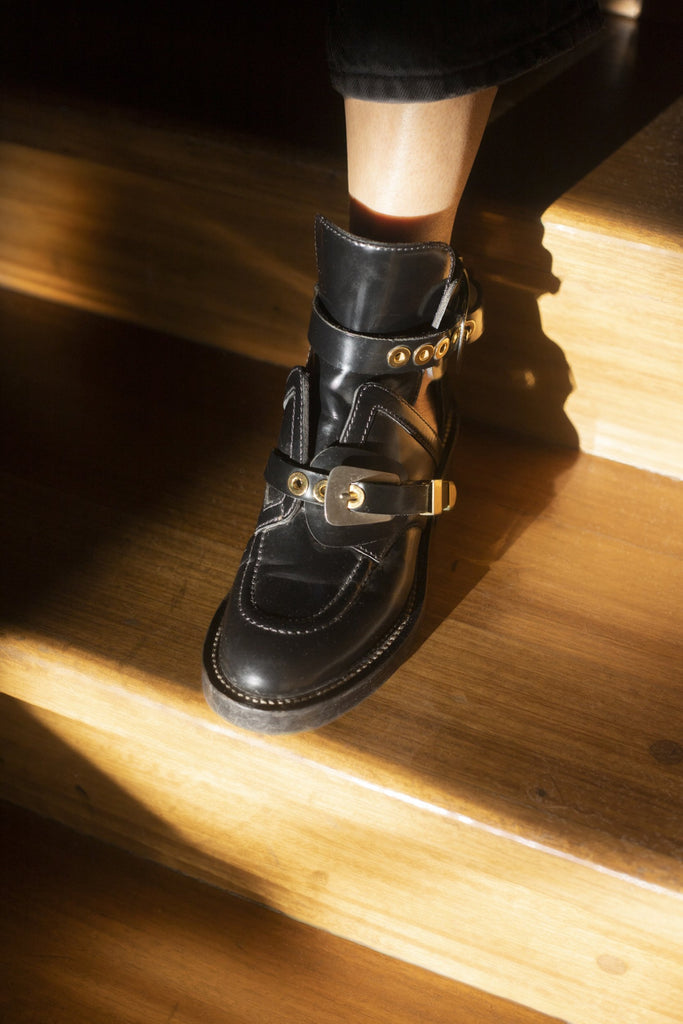 BOTAS CUT OUT BALENCIAGA