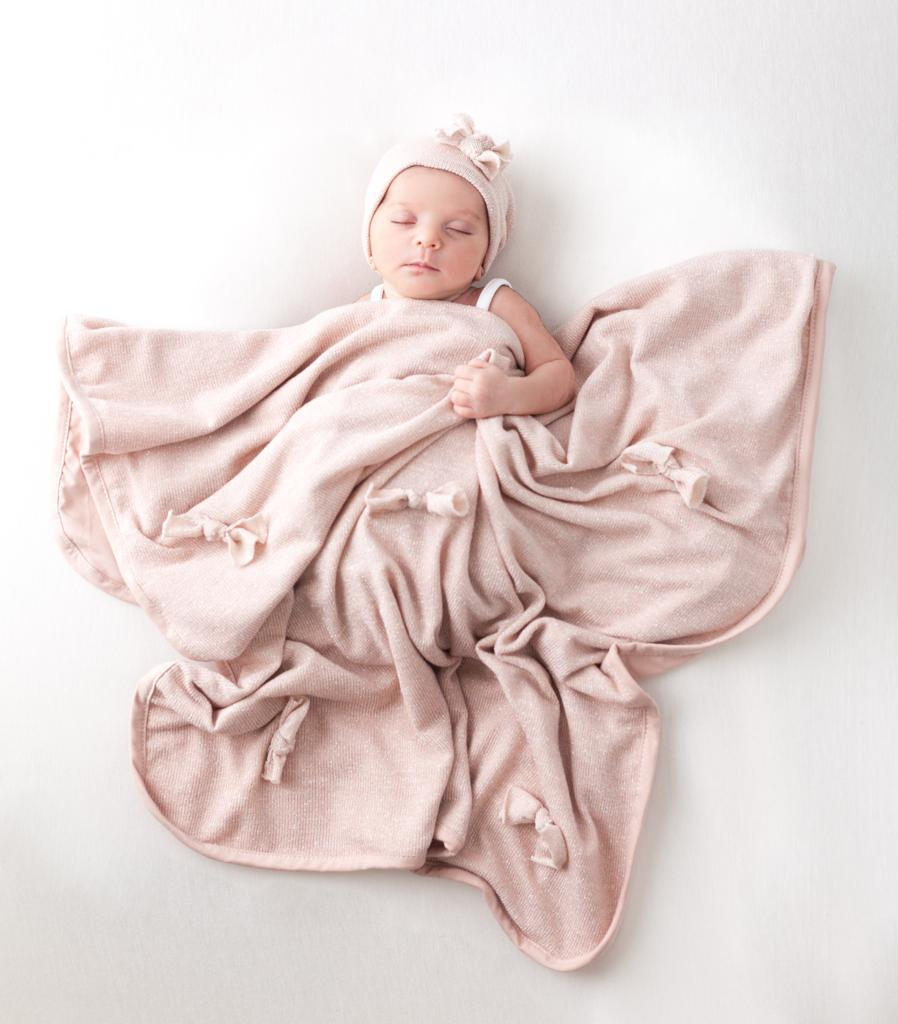 La Design Mauve Shimmer Bow Blanket Set