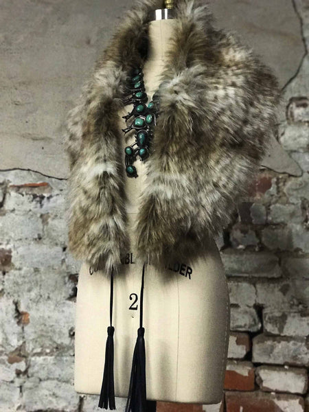 Vintage Inspired Neutral Beige Leopard Faux Fur Stole Collar