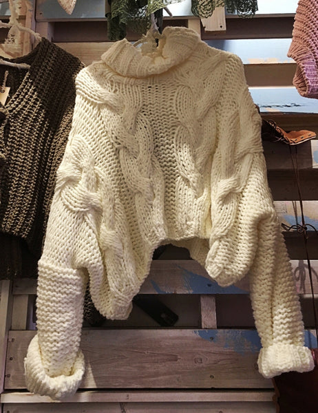 oversized chunky knit sweater