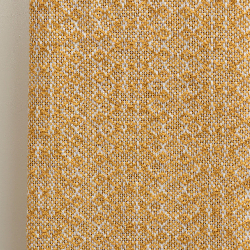 Jewels throw in Ochre