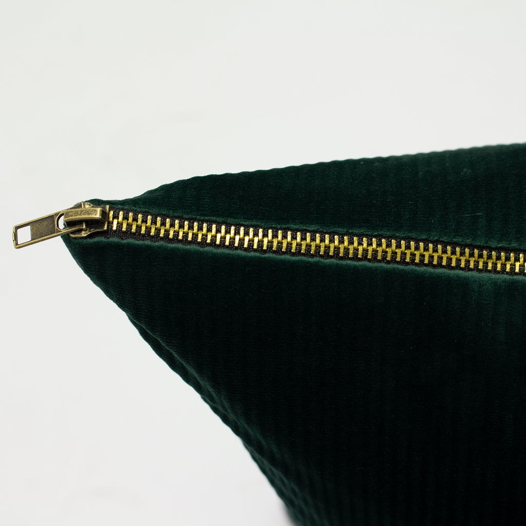 Aurora Cushion in Emerald