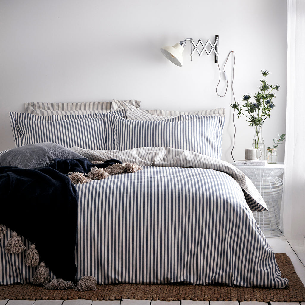 Romilly Throw in Navy/Natural
