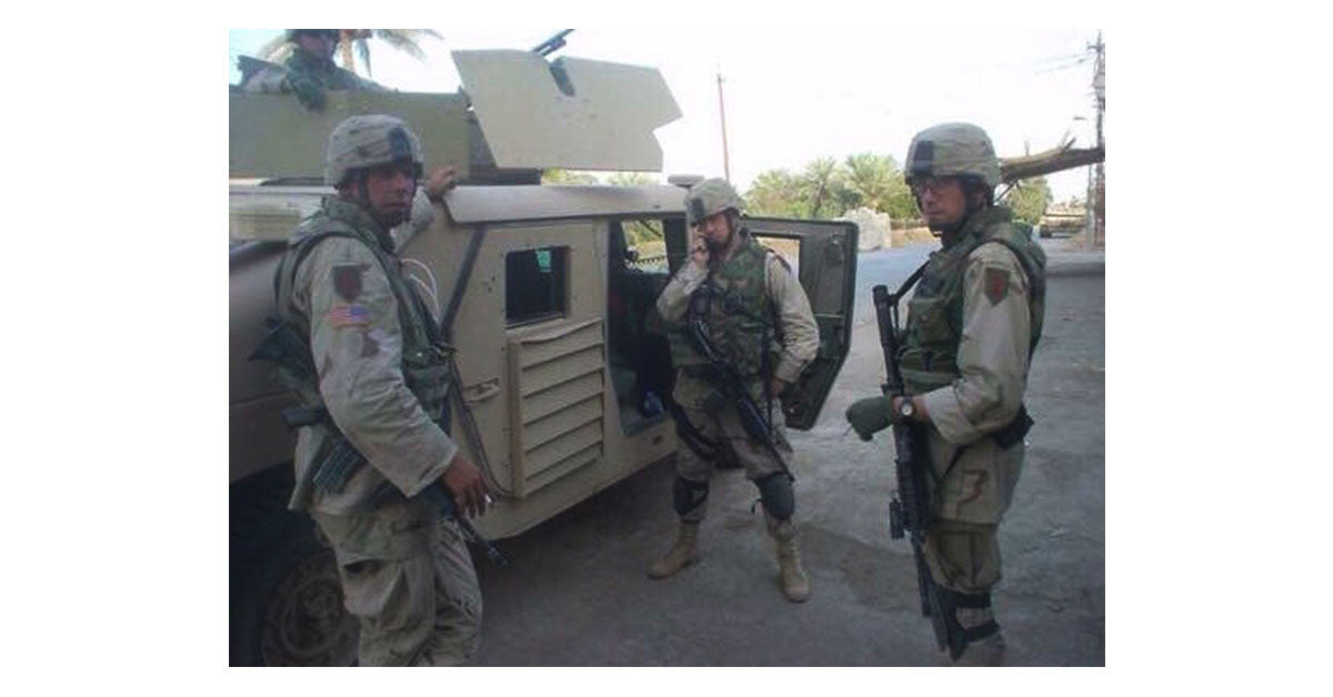 Mike Sampsell and buddies Iraq 2004