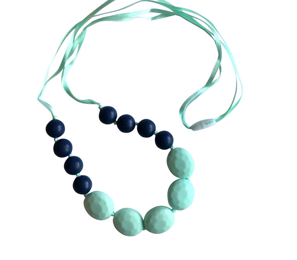 FREE NAVY & MINT TEETHING NECKLACE!