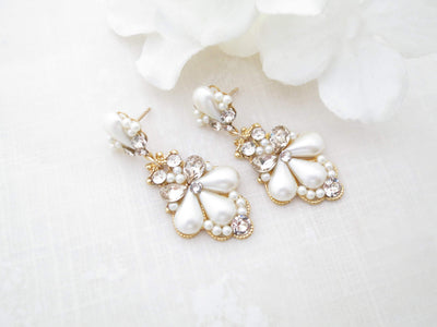 SIDNEY:  Romantic Pearl Teardrop Bridal Earrings - BlingBaddaBoom - Minimalist, Vintage, Modern Wedding and Bridal Jewelry