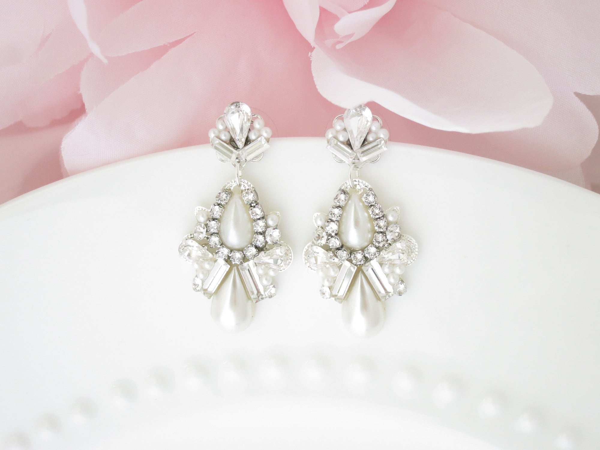 FRANCIS:  Dreamy Pearl Drop Earrings - BlingBaddaBoom - Minimalist, Vintage, Modern Wedding and Bridal Jewelry