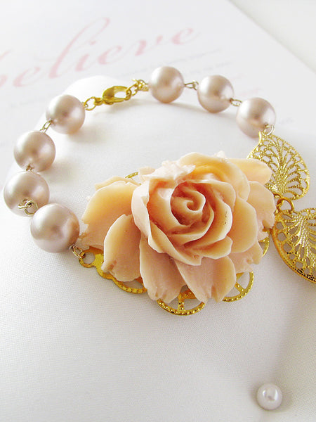 champagne rose & pearls corsage