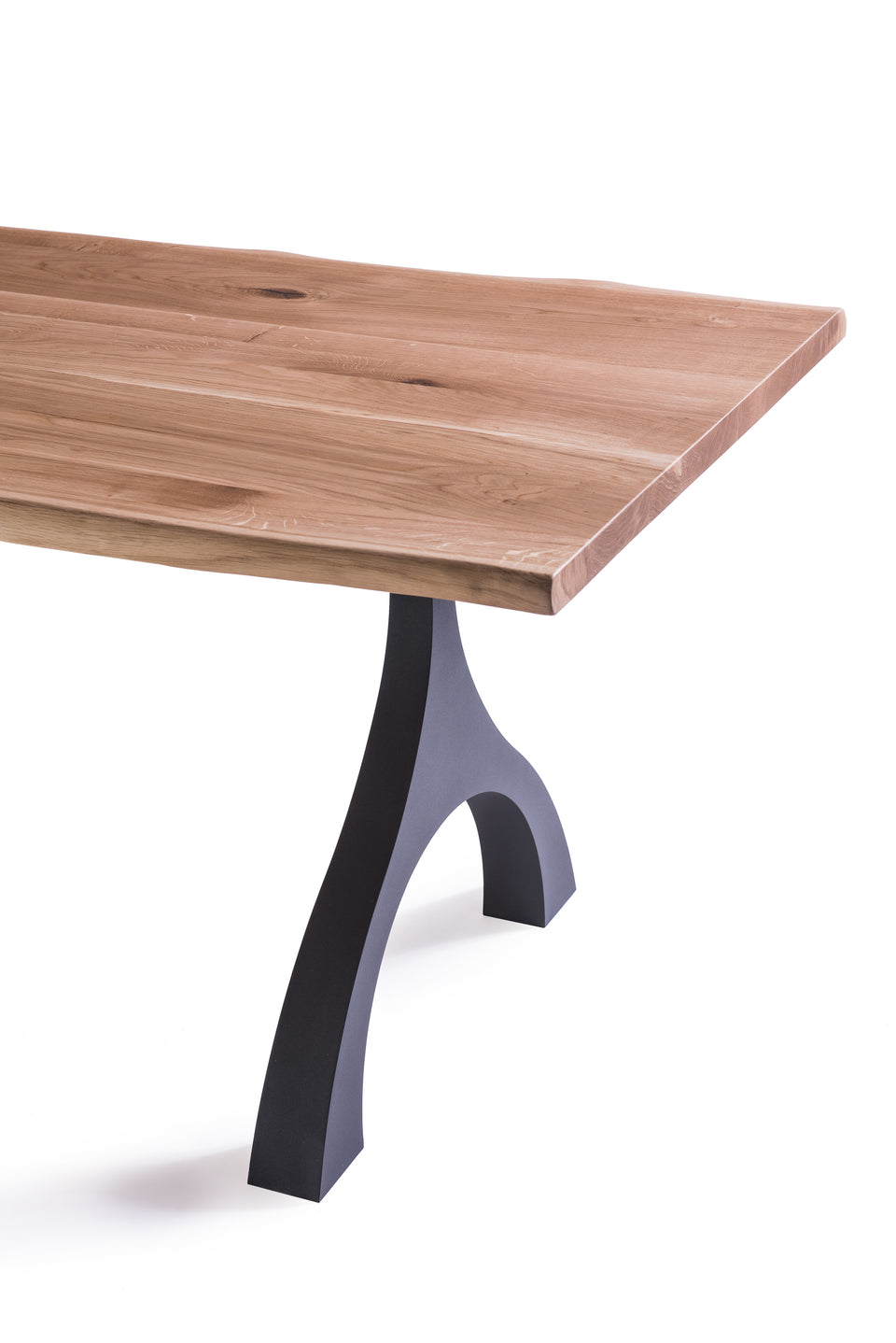 Groyer - HUE180 solid wood dining table