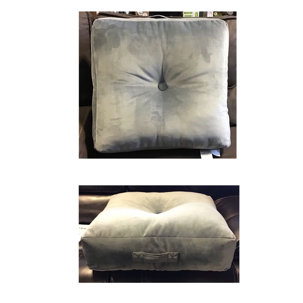 OVERSIZED TUFTED FLOOR CUSHION GRAY