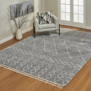 "ZURICH IVORY AND GRAY GEOMETRIC AREA RUG, ( 5' 3"" X 7')"