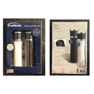 TRUDEAU SALT AND PEPPER MILL SET