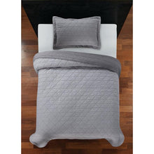Load image into Gallery viewer, YOUR ZONE GRAY TRIANGLE QUILT SET, FULL/QUEEN