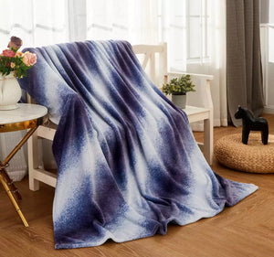 MON CHATEAU OMBRÉ TEXTURED THROW BLUE