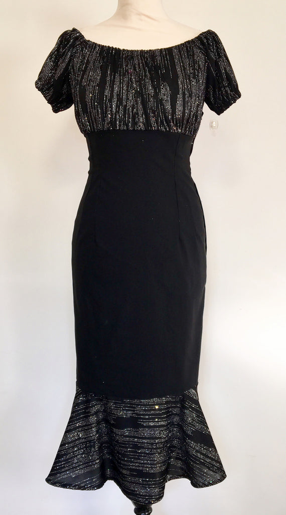 Vintage 1950s gypsy fitted cocktail wiggle dress mermaid black and silver lurex