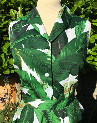 Vintage 1950s style button up blouse in green tropical print XS to 3XL