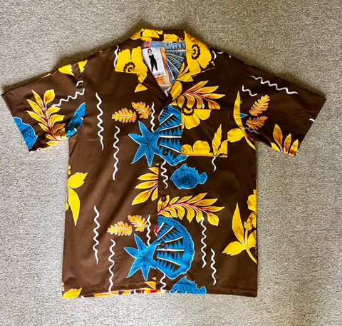 Hawaiian shirt 1950s vintage style brown with shells and fish S
