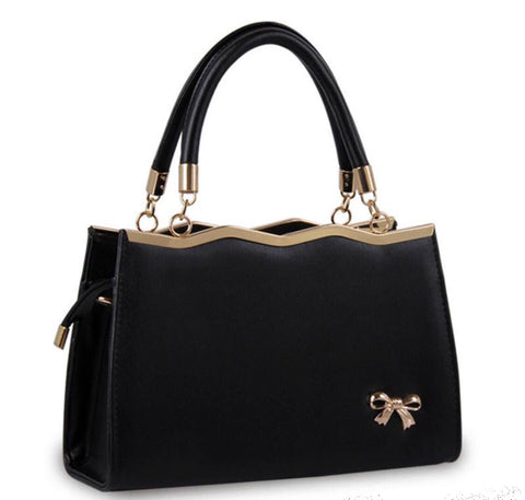 Vintage style Bow handbag in black faux leather