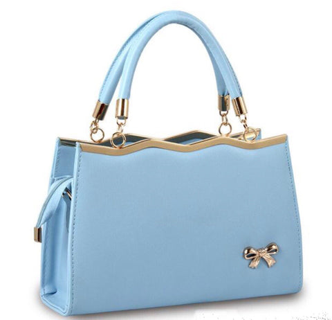 Vintage style Bow handbag in baby blue faux leather