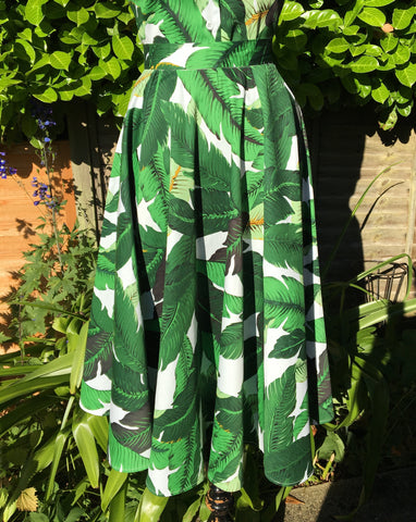 Doris - Vintage 1950s inspired green tropical full circle skirt XS to 3XL
