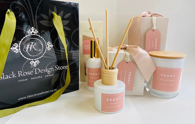 Peony Blush gift pack Medium