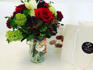 Christmas mason jar,posy & Chocolates.