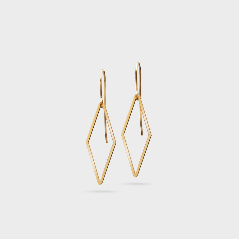 Chiara | brass gold plated - Ausgefallener Designerschmuck, bracelets/Armbänder, earrings/Ohrringe, necklaces/Ketten