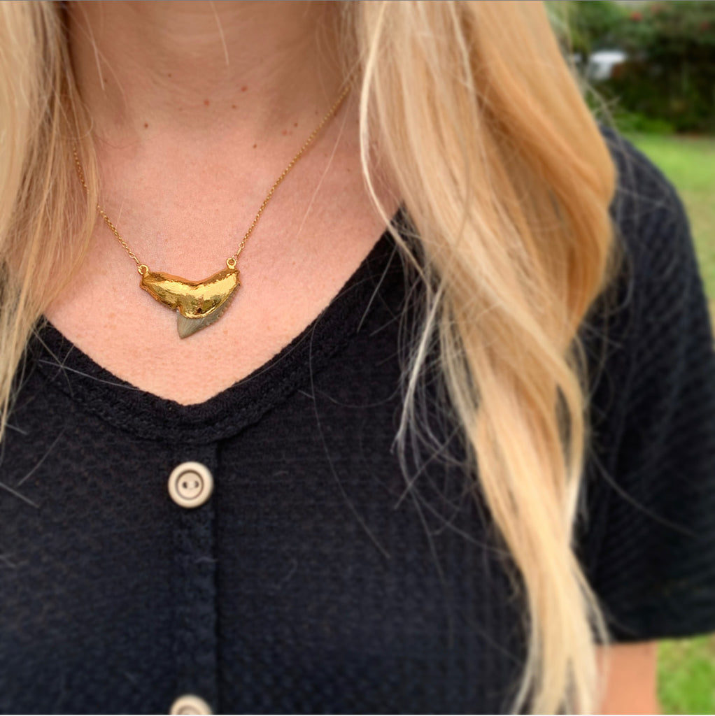916-Shark Tooth Necklace