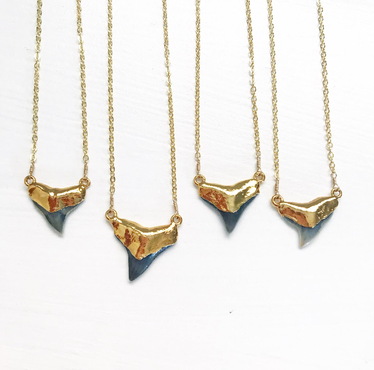 550-Shark Tooth Necklace
